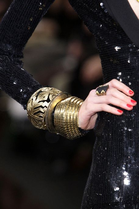 GOLD CUFFS WITH BLACK SEQUINS