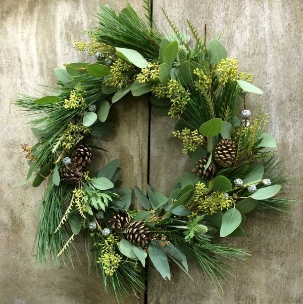 DIY Christmas wreath fir cones spruce christmas decoration natural materials