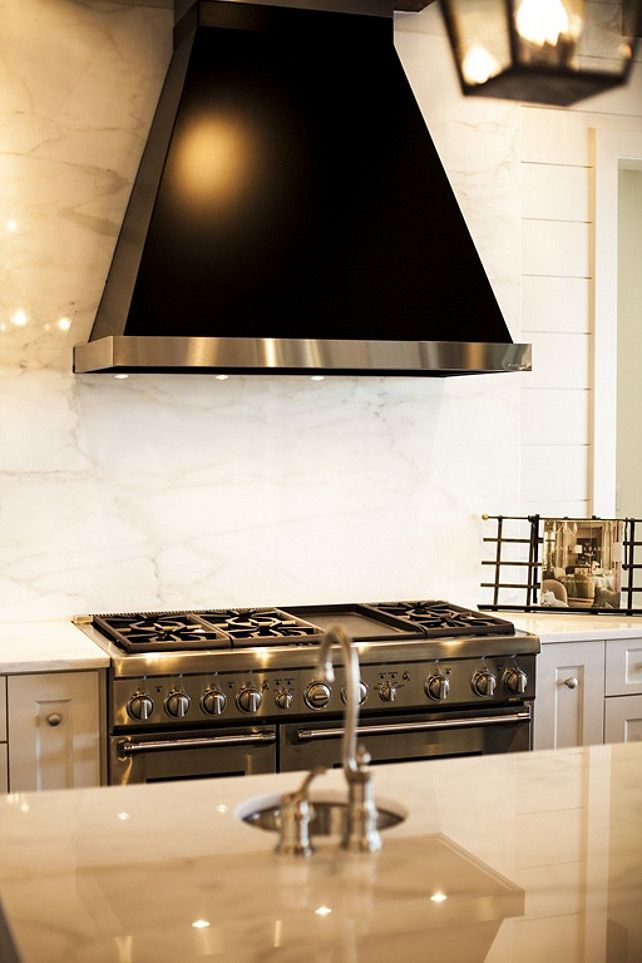 Kitchen Marble Slab Backsplash #Kitchen #MarbleSlab #Backsplash