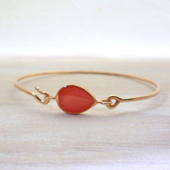 Hey, I found this really awesome Etsy listing at https://www.etsy.com/listing/269504196/teardrop-bracelet-bangle-bracelet