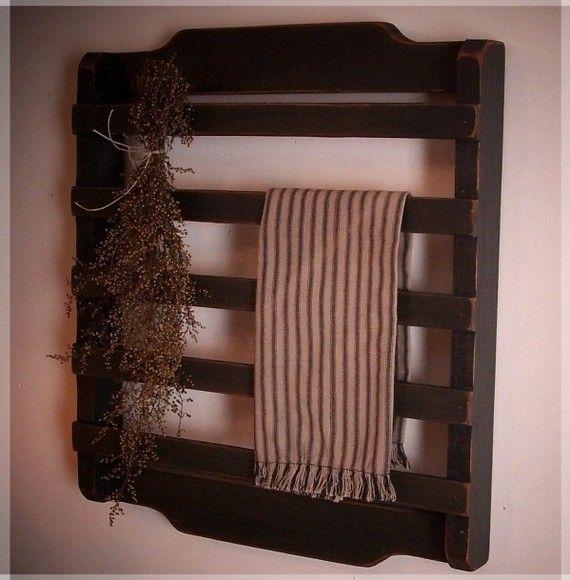 Olde Farmhouse Colonial Towel or Dry Rack / Washroom / by Sawdusty