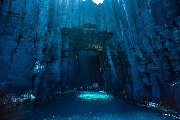 The Blue Cave on Xiji Islet | The Dancing Rest https://thedancingrest.com/2014/11/01/the-blue-cave-on-xiji-islet/