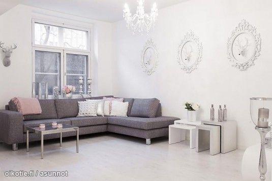 Hyvän mallinen sohva