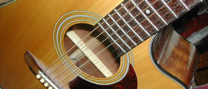 5 Things to Know Before Buying a Used Guitar  http://takelessons.com/blog/used-guitars-for-sale-guide?utm_source=social&utm_medium=blog&utm_campaign=pinterest