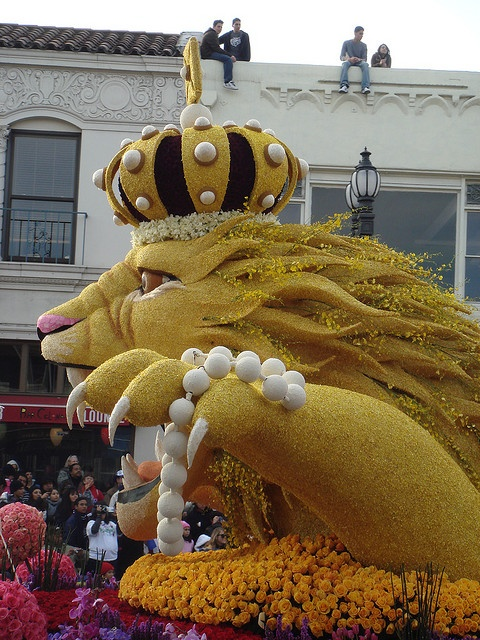 """Rose Bowl Parade Lion by """"M"""" PEARL, via Flickr"""