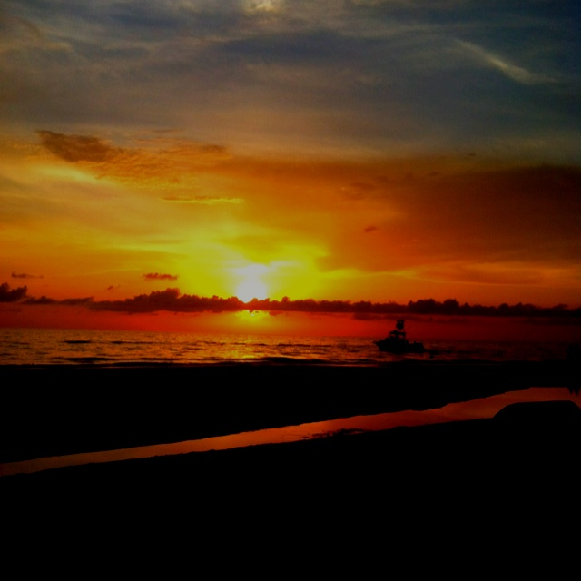 Tampa Bay Vacation Condo: Sunset On The 4th Of July In Indian Shores Florida