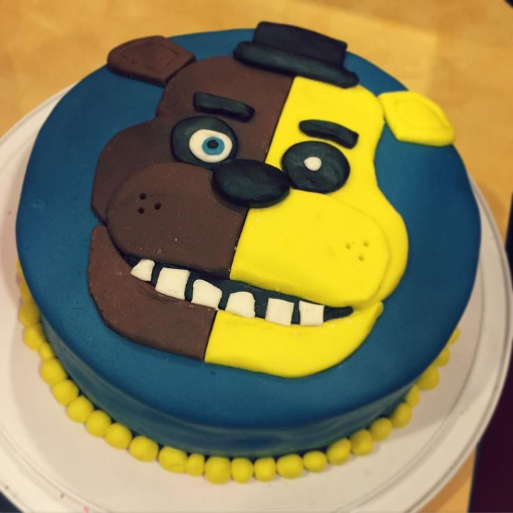 Done with birthday cakes for a while!!! #fivenightsatfreddys #fnaf #fnafcake…