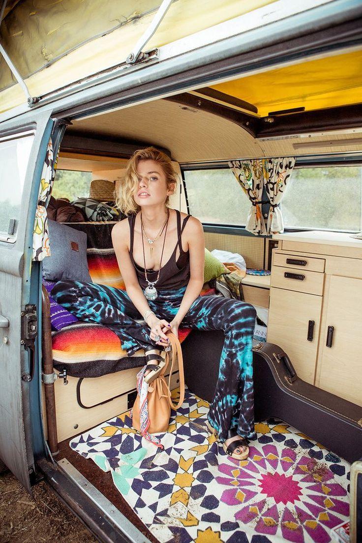 Hippie Buses Best 20 Combi Hippie Ideas On Pinterest Van Vw Hippie Bus Vw