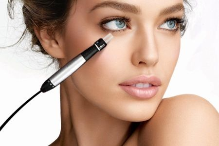 Beautiful Unisex Salon - : $138 for your choice of Auto Micro-needle Treatment PLUS Eyebrows Trimming and Hand Moisturizing Treatment at Beautiful Unisex Salon (worth up to $1076)