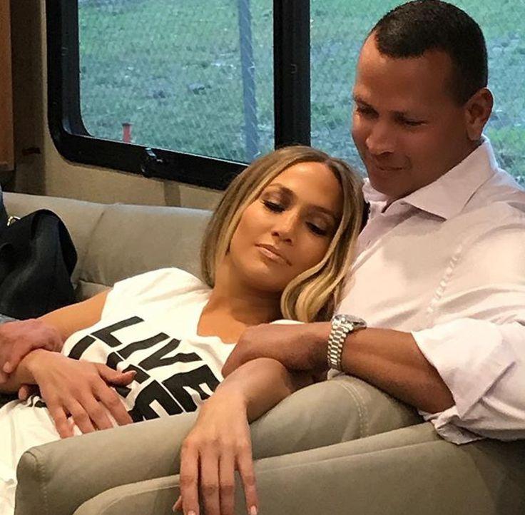 Jennifer Lopez 🇵🇷🇺🇸 and Alex Rodriquez 🇩🇴