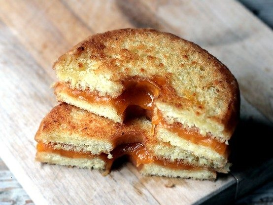 doughnut grilled cheese - thanks @Lisa Phillips-Barton reyes