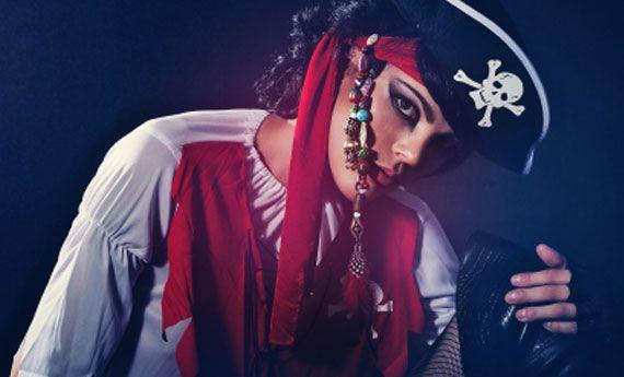 Vestito da piratessa fai da te, affascinante e misteriosa! | Buccia di banana