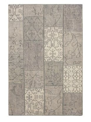 -28,700% OFF Hand-knotted Ushak Patch Rug, Gray, 4' x 6'