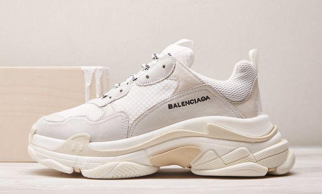 """c4072283f La Balenciaga Vintage Triple S """"Cream"""" est disponible sur le launch de END"""