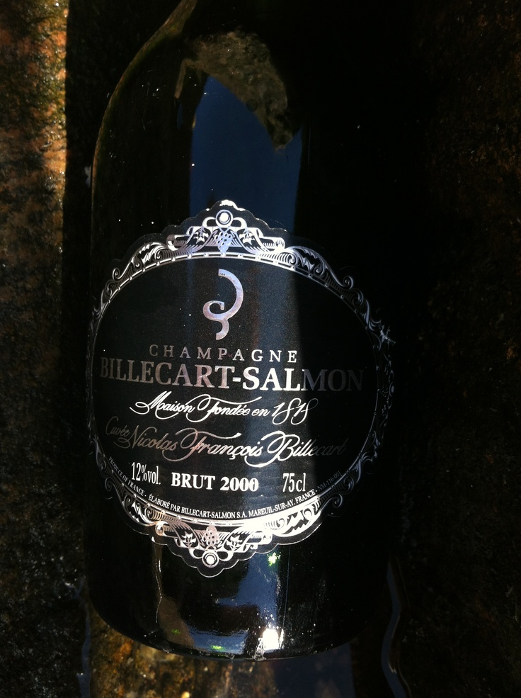 Some Billecart-Salmon 2000 at Grinda beach the summer of 2012