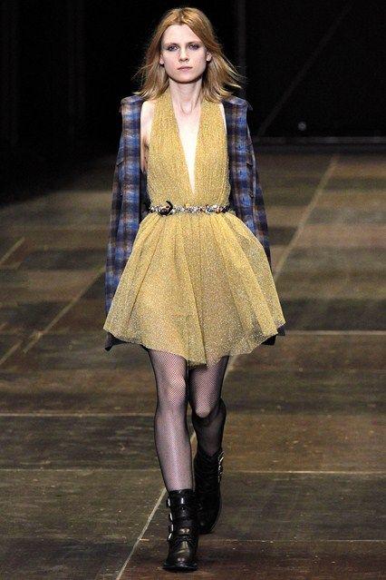 Saint Laurent - www.vogue.co.uk/fashion/autumn-winter-2013/ready-to-wear/saint-laurent/full-length-photos/gallery/950334