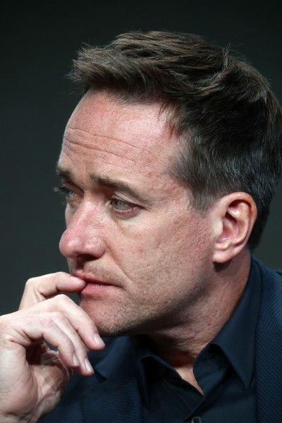 Matthew Macfadyen Photos Photos - Actor Matthew Macfadyen of 'Howards End' speaks onstage during the Starz portion of the 2017 Summer Television Critics Association Press Tour at The Beverly Hilton Hotel on July 28, 2017 in Beverly Hills, California. - 2017 Summer TCA Tour - Day 4