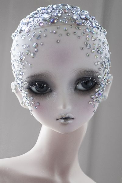 """Bjd viridianhouse: """" My entry for the Den of Angels Diamond Anniversary faceup contest! I had a blank Little Monica Sarubia head for a different project, so I decided to enter just for fun, but I think I..."""