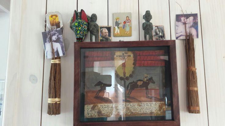 Autor: Marcelo Ortúzar R 60 x 60 cm. exvotos latinoamericanos Diversos materiales. 2015