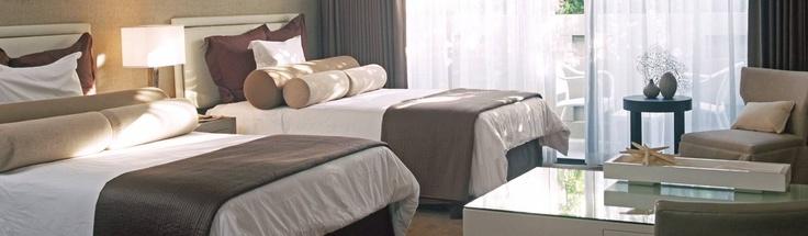 Luxe Sunset Boulevard Hotel ($178 on Kayak.com) - www.luxesunset.com/