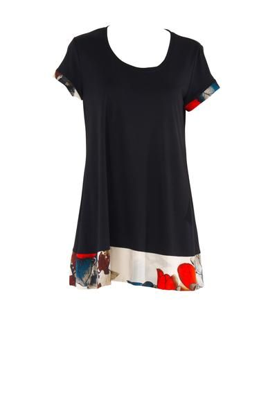 EcoDiva's relaxed cap sleeve tee has a fitted bodice and a full baby doll skirt and is trimmed with 100% silk print . The tee's high back, scoop neck and cap sl