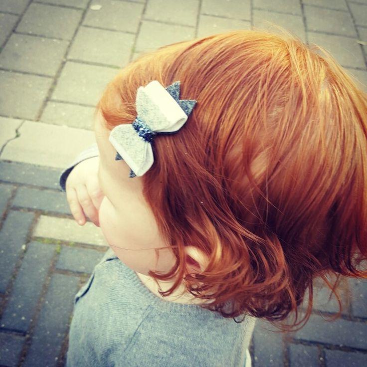 #HipjeKnipje #haarknipjes #haaraccessoires #meiden #hip #baby #newborn #leer #leather #sparkle #glitter #grijs #grey #blauw #blue #exclusive #exclusief #girlsfashion #littlegirl #kleinmeisje #meisje