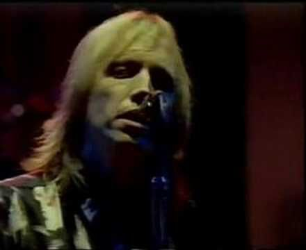 ▶ Tom Petty & The Heartbreakers- Southern Accents (Live 1985) -   ~Yes, I'm from the South, and I'm damn proud of it too!