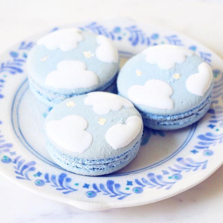 cloud macarons {{ nutmeg & honeybee }}