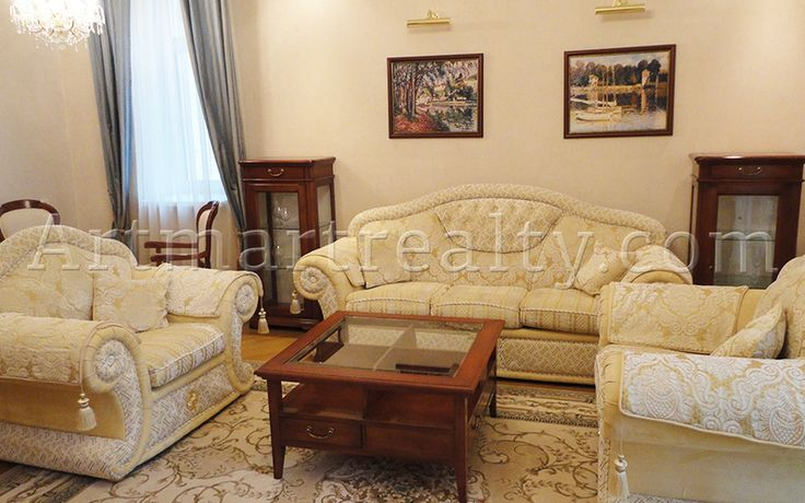 ул.Дмитриевская 52б, Предлагается в аренду трехкомнатная квартира 127кв.м  с качественным ремонтом в современном классическом стиле.