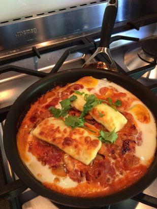 Mary-Liz Griffen sure knows how to make our mouth water with her amazing Spanish eggs and @gr8dairynobull haloumi! #DELICIOUS #haloumi  #spanisheggswithhaloumi #yum