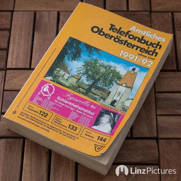 #phonecall  .  . . #oberösterreich #upperaustria #linz #linzer #linzpictures #igerslinz #telekom #post #telefon #phone #telefonbuch #oldschool #dahoam #home #retro