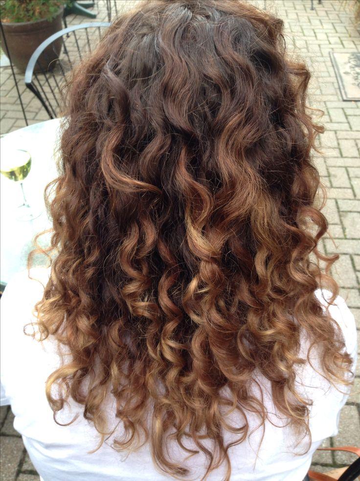 naturally curly hair carmel ombr