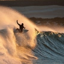 Pilipili Beach Bar and Surf Shack, West Coast. Elands Bay – only 200 km from Cape Town, but in a different universe. Like being in the 'twilight zone' while surfing a super sweet left break and eating crayfish like a king.  The PiliPili Beach Bar and Surf Shack offers you a bed, a bar and a braai so you can get on with your adventure.