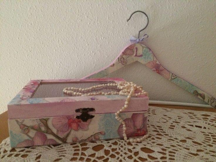 Decoupage: capsa i penjador