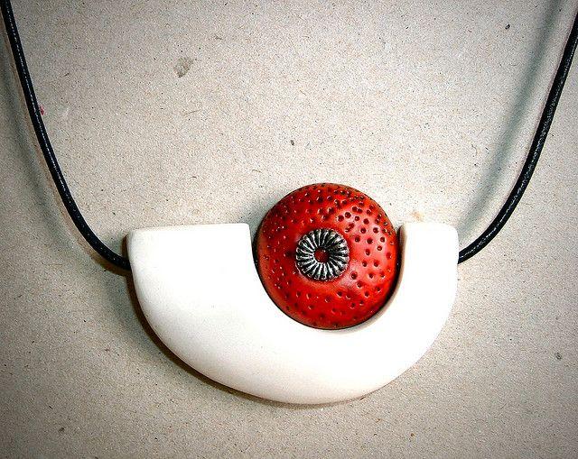 Art jewellery pendant by anya lubovitch