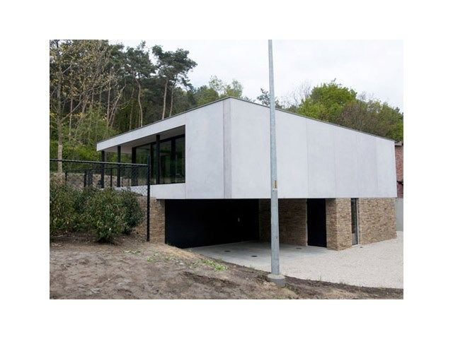 Mijn huis mijn architect 5 indrukwekkende nieuwbouwprojecten livios my house in 2020 for Terras op een helling