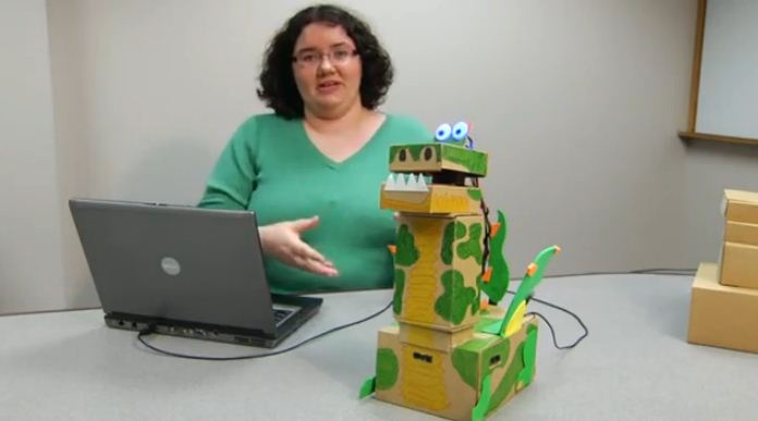 Juan Elias Javier: Crear figuras de cartón Robótica con El kit robot Colibrí