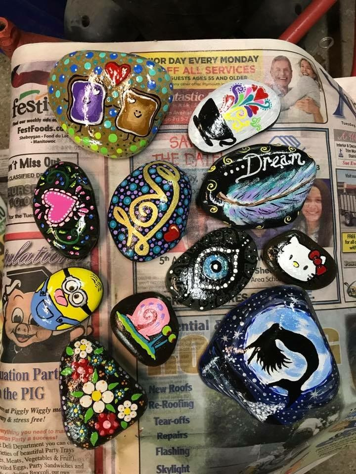 Pin By Debbie Keef On Painted Rocks I Ve Done Piggly Wiggly Painted Rocks Party Trays