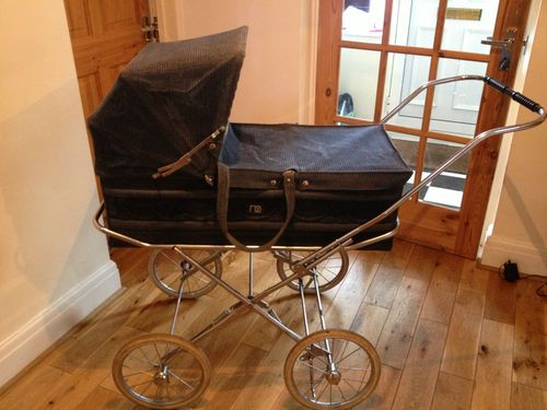 Vintage style cameo mothercare pram |