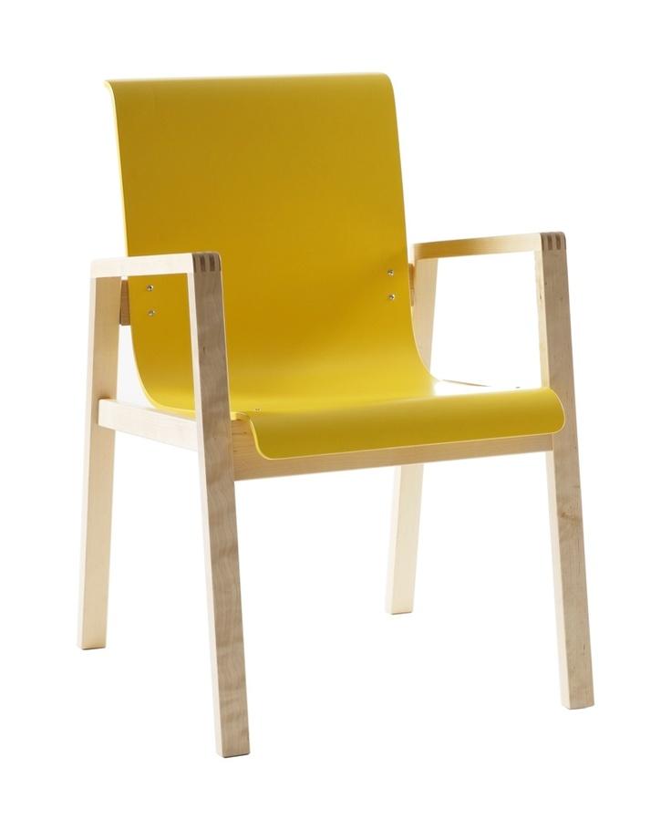 Armchair 403, Artek. Design by Alvar Aalto.