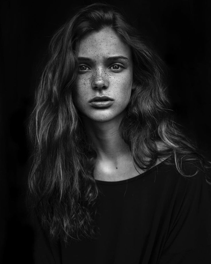 Beautiful Portraits Of Women With Freckles Black And White