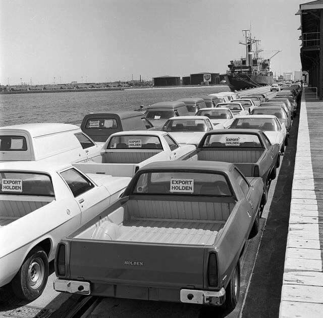 Station Pier, Holden's for export