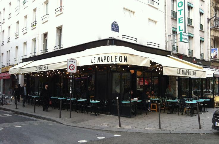 Après Le Hibou, la nouvelle terrasse du Napoléon Rue du Faubourg Saint Denis Paris 10e Clémence et Clément Goutal Décorateurs