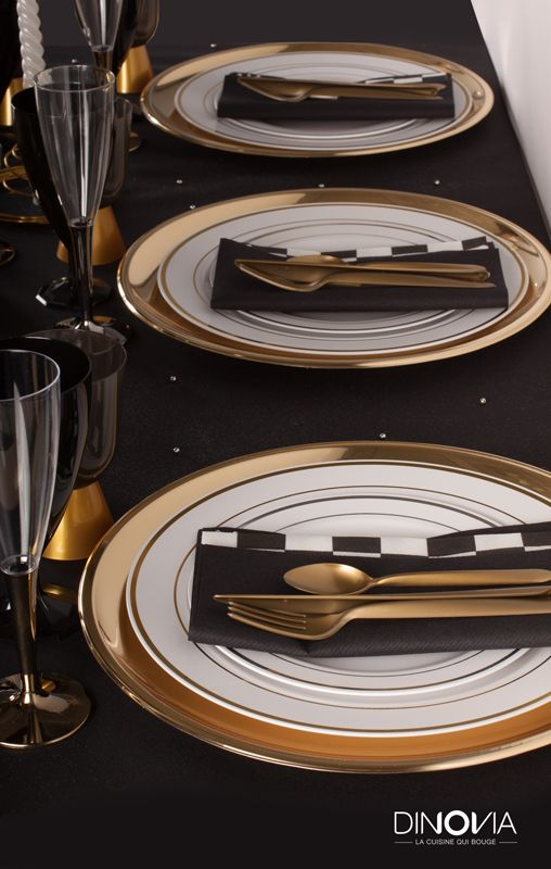 d coration de no l noir et or sur le th me de gasby le magnifique une table de no l avec de la. Black Bedroom Furniture Sets. Home Design Ideas
