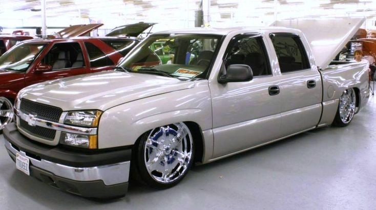 Custom Chevy Trucks | Custom 2005 Chevy Silverado Lowrider Truck