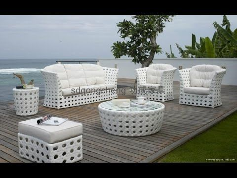 Many People Swing To White Wicker Furniture Due To Its Flexibility Cozy White Outdoor Wicker Outdoor Wicker Furniture White Wicker Furniture Outdoor Furniture