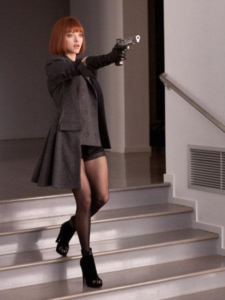 『TIME/タイム』でアマンダ・サイフリッド(Amanda Seyfried)が着こなす華麗なる衣装に注目