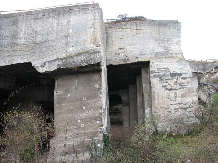 Fertőrákosi Kőfejtő (volt mészkőbánya) (Fertőrákos) http://www.turabazis.hu/latnivalok_ismerteto_699 #latnivalo #fertorakos #turabazis #hungary #magyarorszag #travel #tura #turista #kirandulas