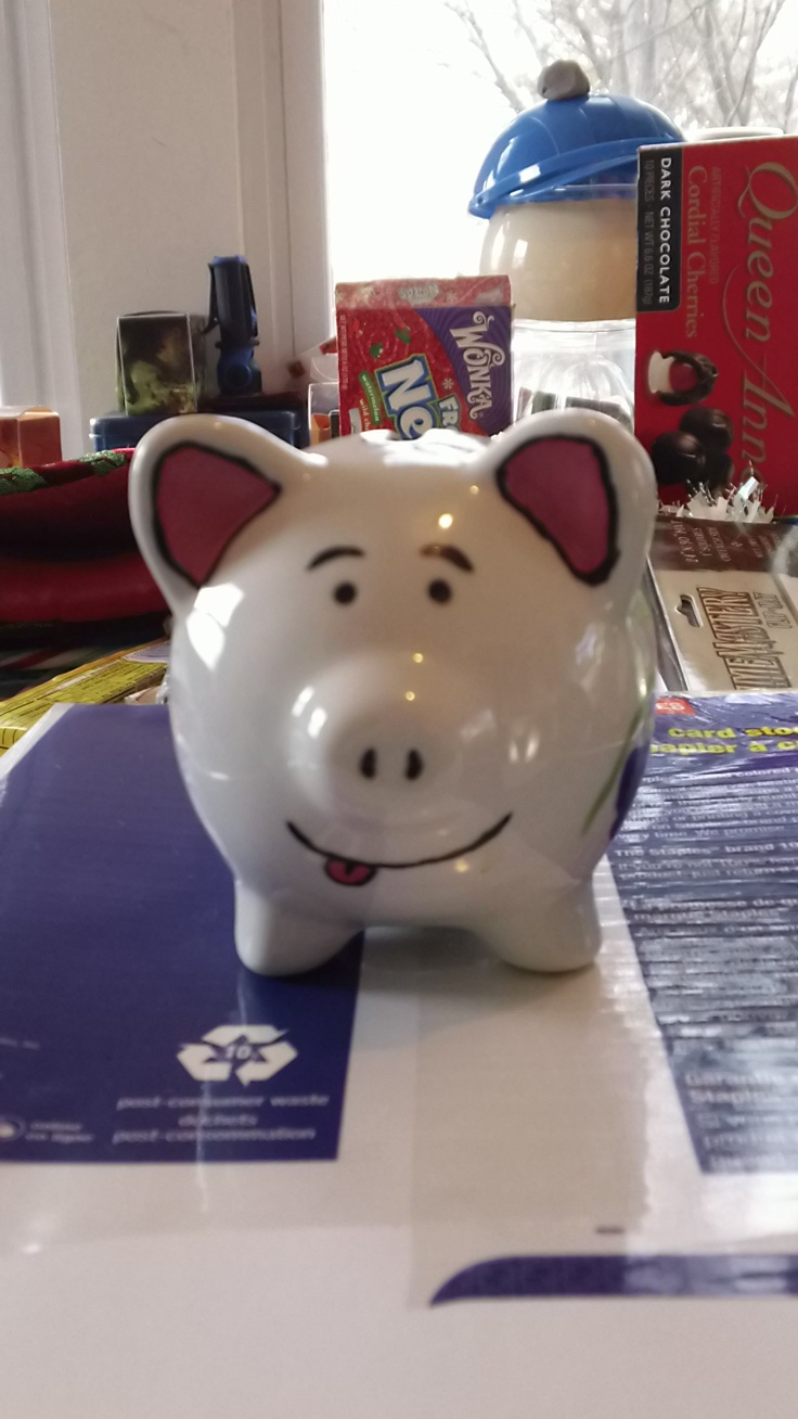 Cute hand painted piggy bank!