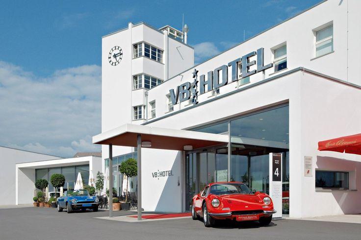 Luxus Autobetten im V8 HOTEL in Stuttgart  - http://freshideen.com/hotels/luxus-autobetten-v8-hotel.html